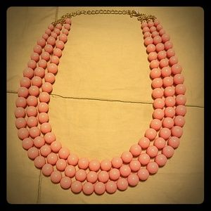 NWOT Cute Pink Pearlstring Necklace